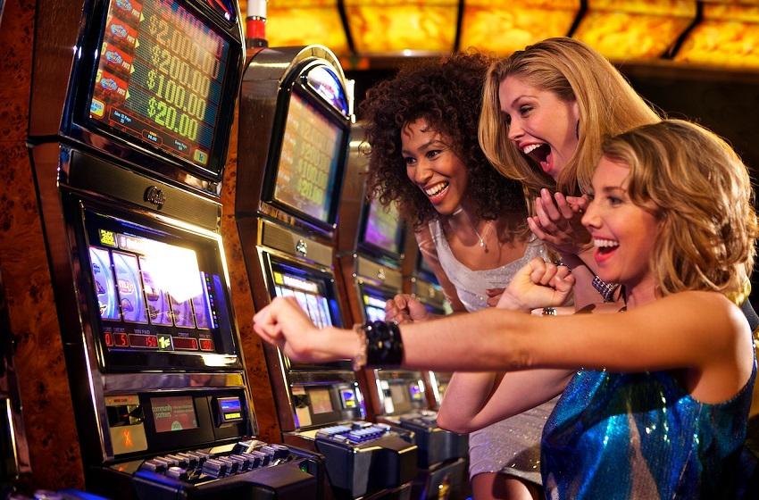 Slot Machine ở sòng bạc
